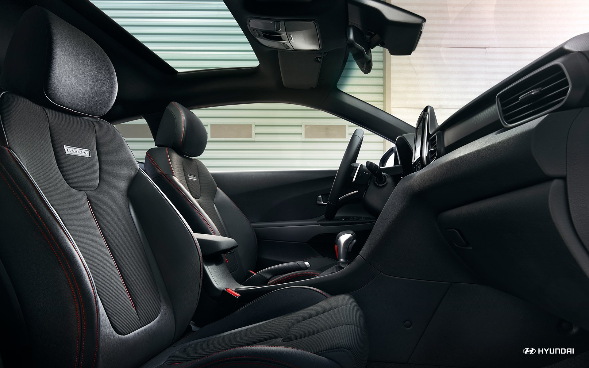 New Hyundai Veloster Interior Features