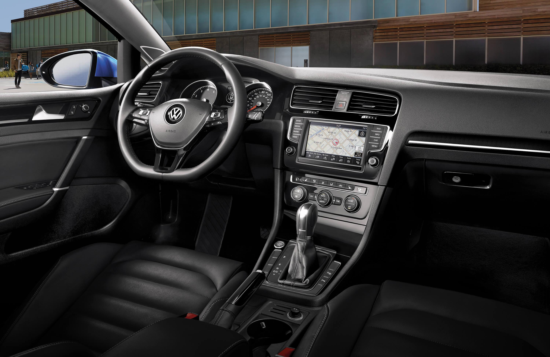 Volkswagen Golf Lease Deals & Offers | Kelly VW Danvers MA