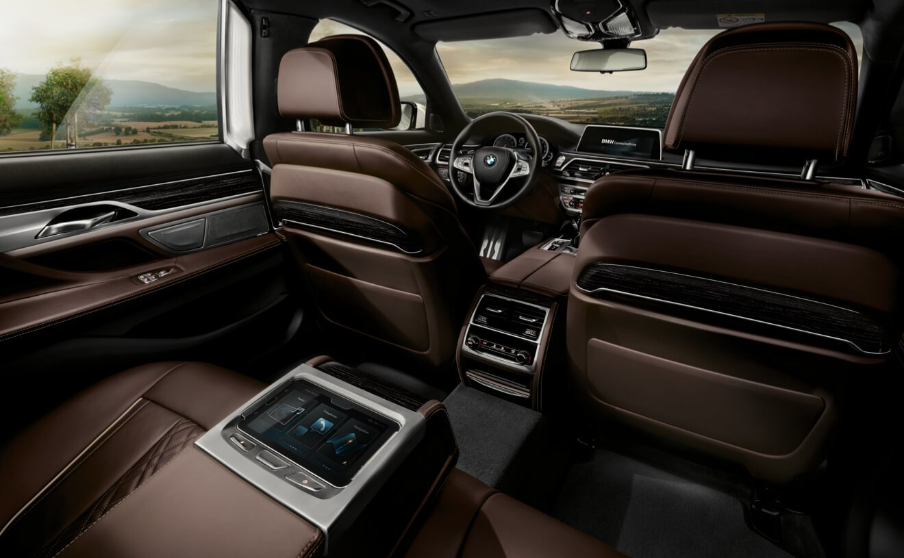 New BMW 7 Series Interior Image 2