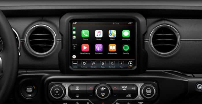 045f859679 Jeep Gladiator Supports Apple CarPlay® and Android Auto™